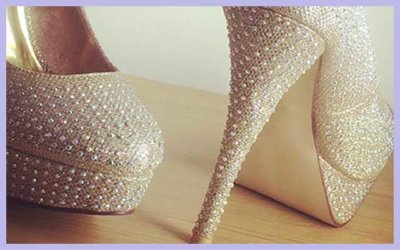 THE HIGH HEELS OF COURAGE