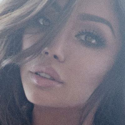 Inspirational Model Yasmine Petty Face